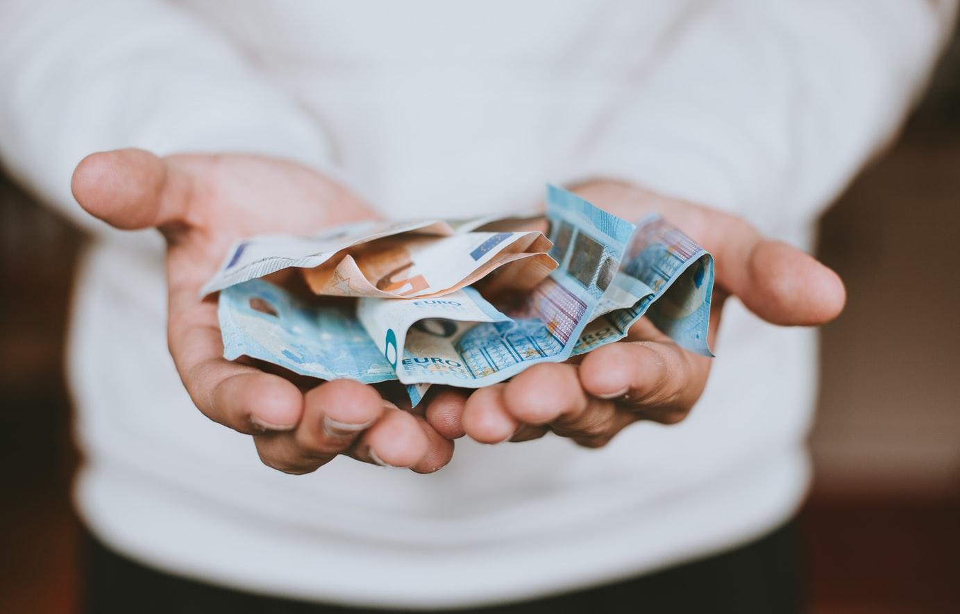 Cyfrowy pieniądz - czy wyprze gotówkę?
